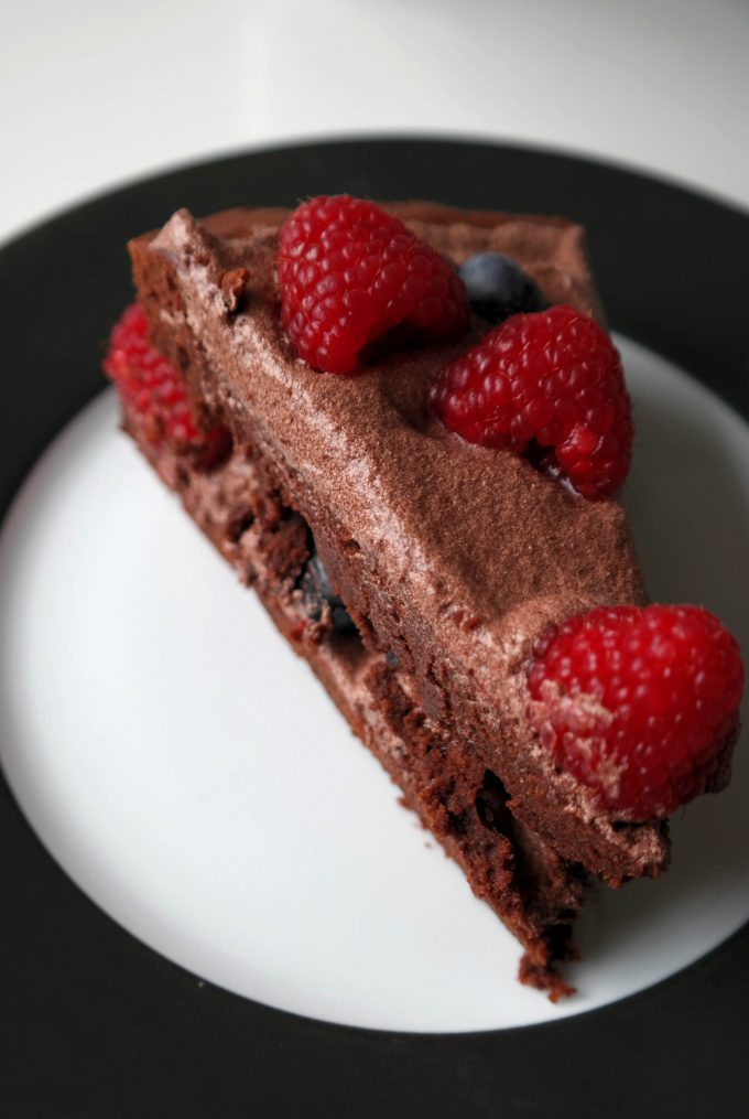 Veganer Schoko-Beeren-Kuchen Rezept