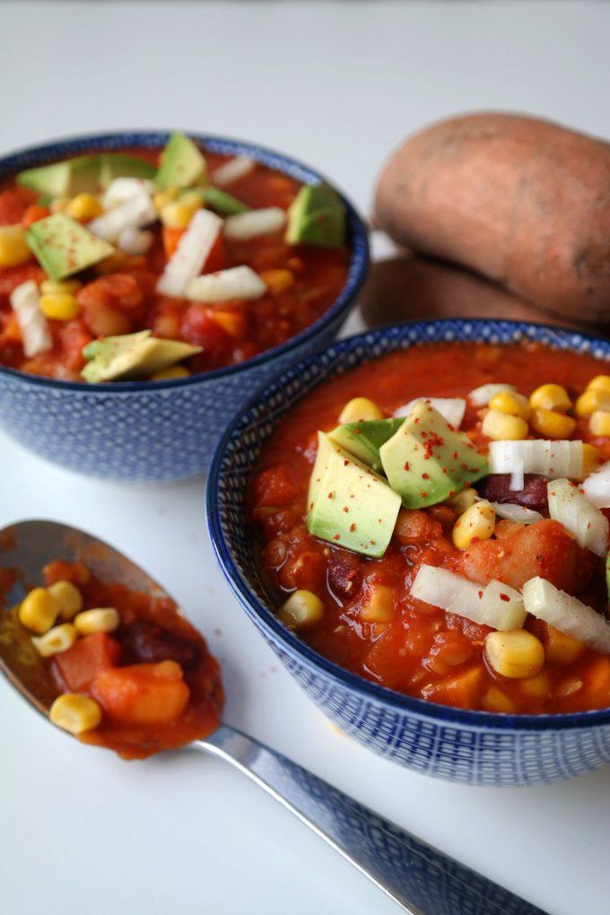 Süßkartoffel-Eintopf Bohnen-Chili Rezept Vegan