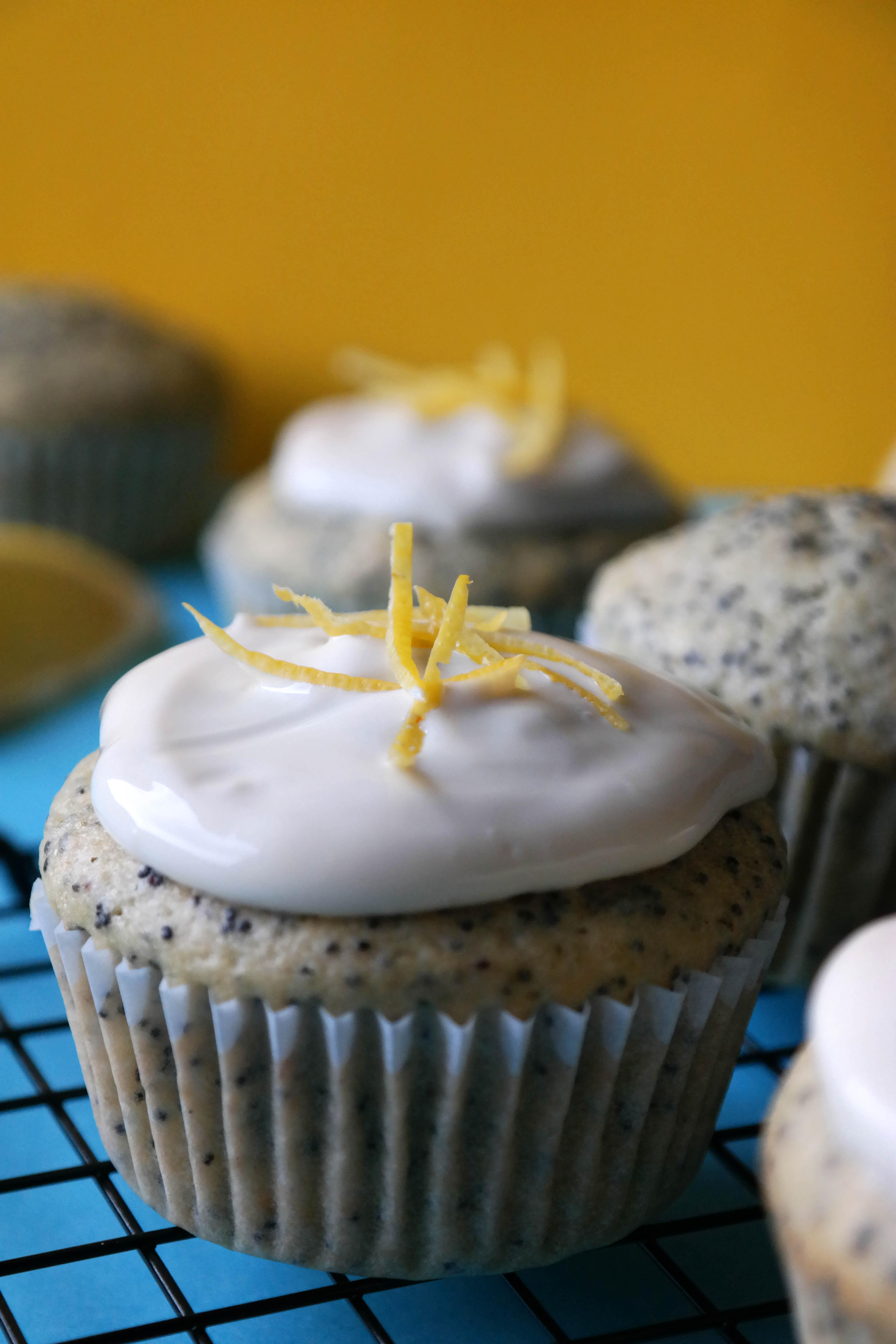 Vegane Zitronen-Mohn Muffins Rezept